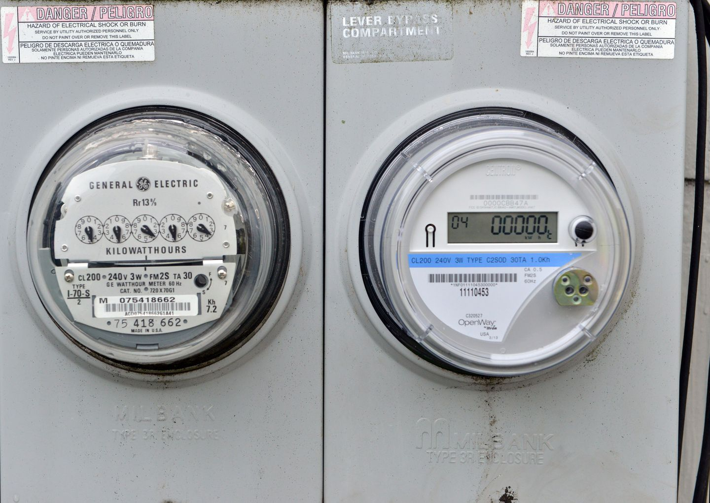 A Smart Meter Right Allows Utilities To Monitor And Manage Electricity Consumption