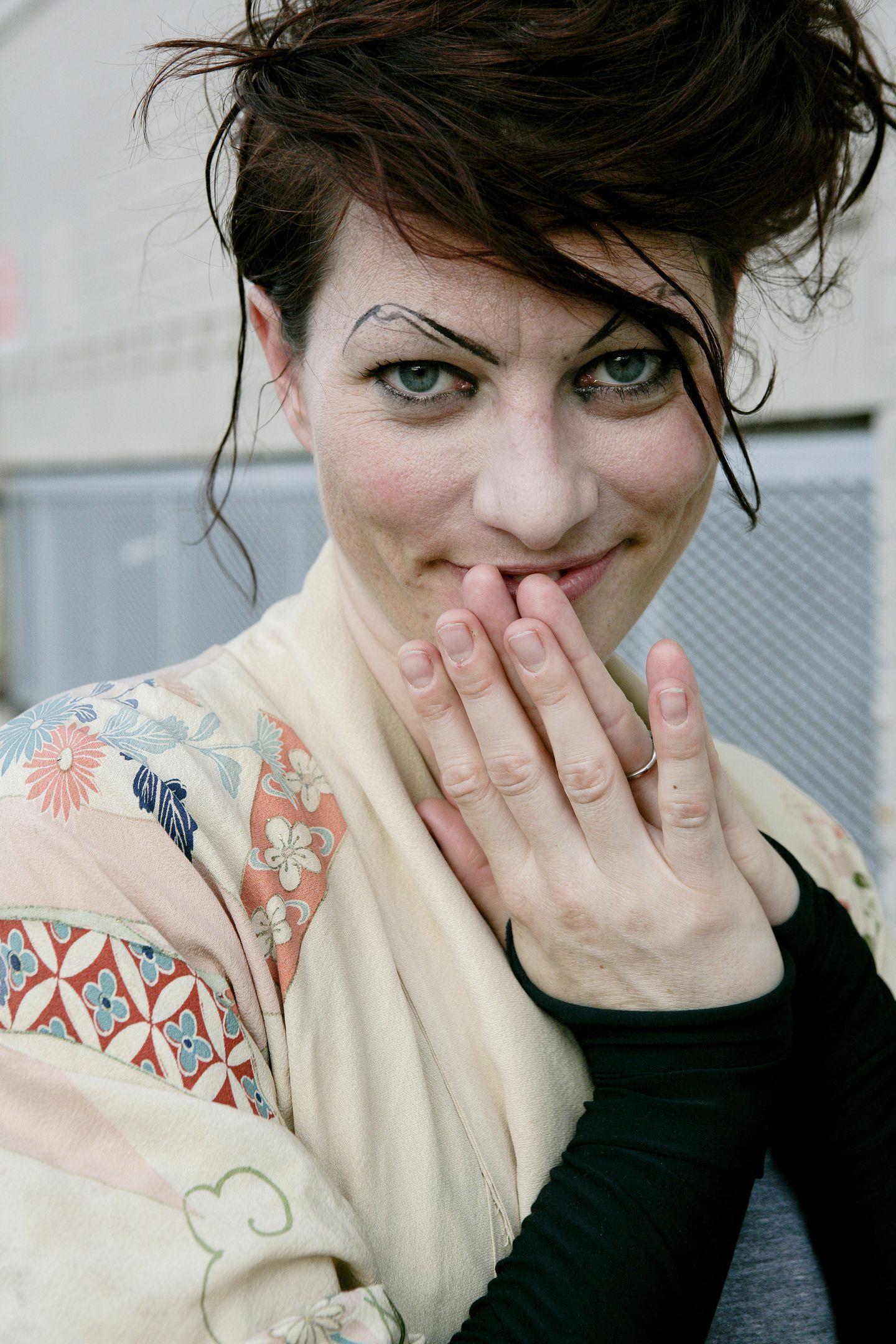 Amanda Palmer Images palmer, gaiman to play at dorchester art space benefit - the