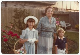 """Warren's """"Aunt Bee"""" — Bess Veneck — moved in with the Warren family and helped raise her children. She's pictured here on Easter 1981 with Amelia Warren, 9, and Alex Warren, 4."""