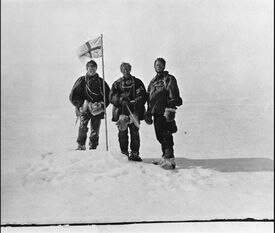 On earlier expedition, Douglas Mawson (right to left) with T.W. Edgeworth David and Alistair Mackay