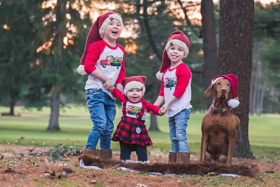 Sarah Buckley Friedberg's three children and dog posed for a photo.