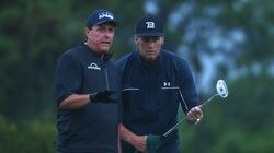 Phil Mickelson (left) and Tom Brady played together in a charity event May 24, 2020.