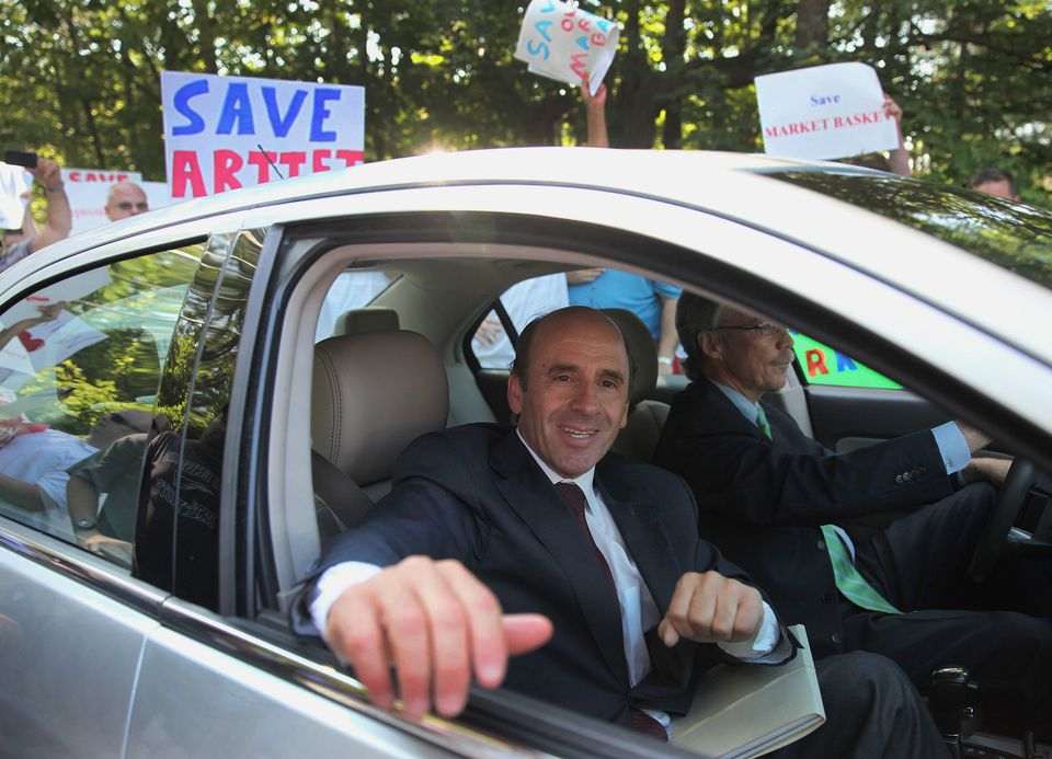Arthur T. Demoulas greeted supporters as he arrived for a board meeting last year.
