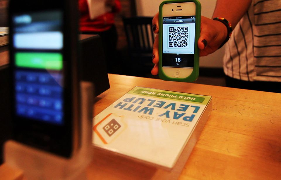 Using the LevelUp system, users can pay for food with their smartphones.