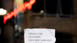 A restaurant advertises that they are hiring in Annapolis, Maryland.