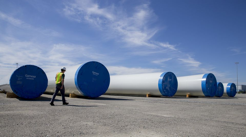 The state's goal is to drive more shipping work to the site after wind turbine contracts fell through.