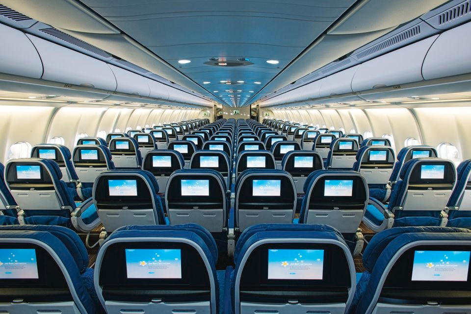 The plane for Flight 89 is an A330 with a 2-4-2 configuration in economy, and it looks spotless.