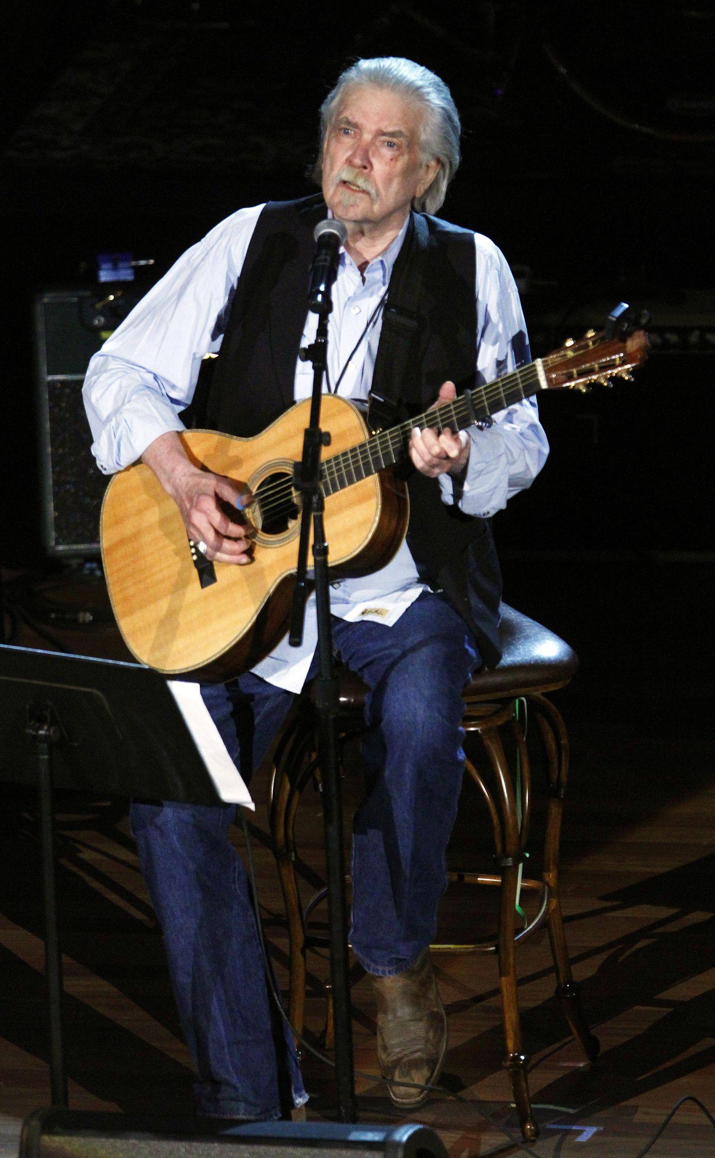 Guy Clark 74 Texas Songwriter Known For Detailed Lush And Imaginative Lyrics The Boston Globe
