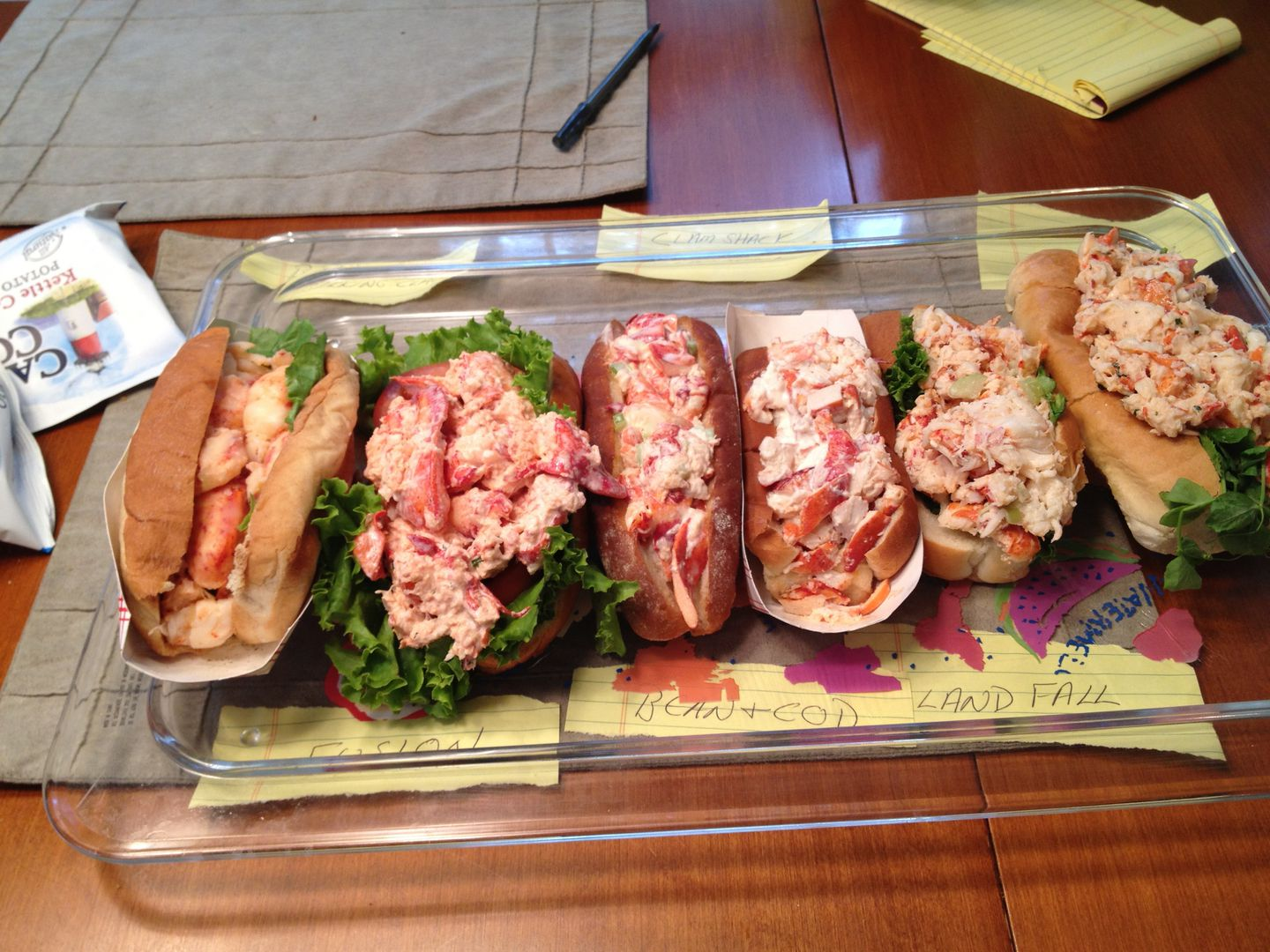 On Cape A Lobster Roll Off Is Serious And Tasty Business The Boston Globe
