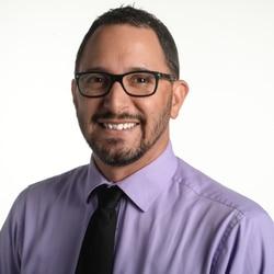Carlos R. Muñoz