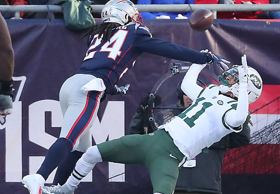 Stephon Gilmore (left) was a shutdown corner in his second season with the Patriots.