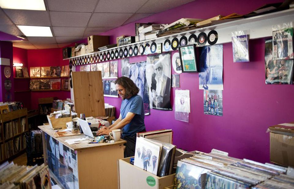Vinyl records at Somerville Grooves.